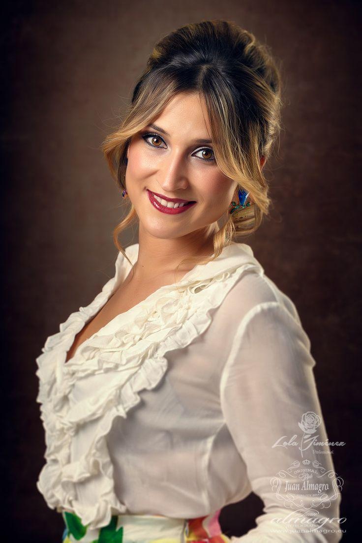 sesiones de verano - Fotos Gema Milla con traje de fiesta invitados de boda
