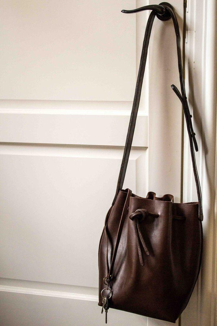DIY bucket bag - inspired on Gavriel Mansur
