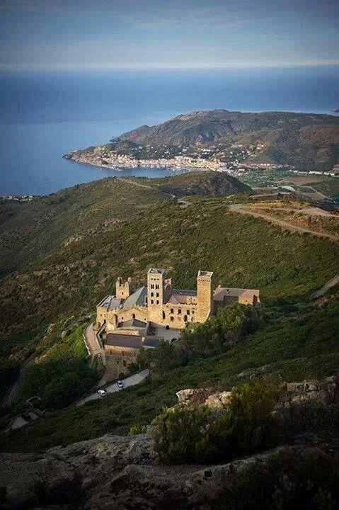 "El Port de la Selva (Cataluña/Catalunya) - Monastery / Kloster / Monastère ""Sant Pere de Rodes"""