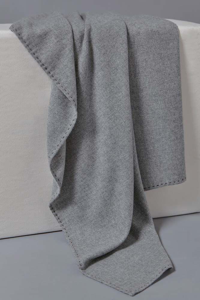 Suo Cashmere Throw Soft Grey/Stone Brown