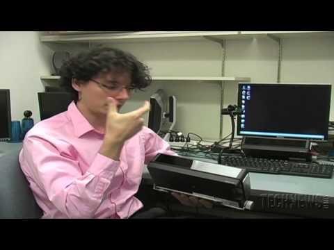 A identificação biométrica é muito promissora, mas uma técnica, a leitura da íris, não tem sido infalível. A equipa do Dr. Oleg Komogortsev da Texas State University descobriu uma maneira de fazer a tecnologia de verificação da íris mais difícil de falsificar e mais barata de utilizar.