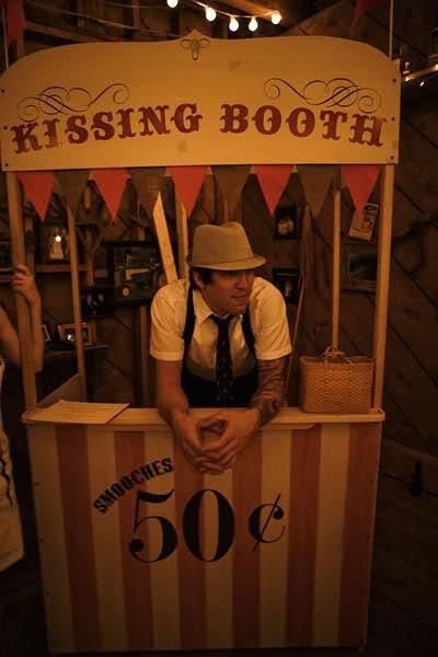circus wedding - link