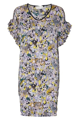 Rützou. One of my favourite dresses for work....and play. At the moment Rützou is also one of my favourite brands.