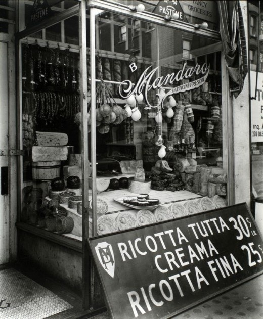 "[CasaGiardino]  ♡  Ricotta Tutta Crema (""Creama"" is incorrectly spelt on the sign)  Poor Mr. Mandaro needs an Italian spell check."