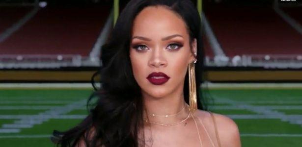 """Rihanna aparece em comercial do Grammy Awards e diz: """"Eu valho a pena"""""""
