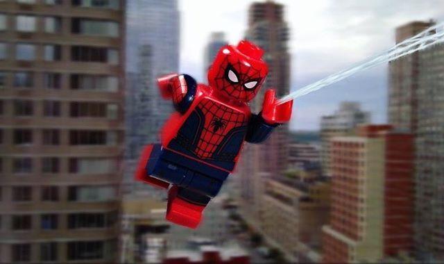 Spiderman🕷 . . . #legomadd #brickinsider #justlego101_feature #legopic #toyslagram_lego #toy_lego #photograghy #brickpals #legoforce #brick_amazing #brickcentral #bricknetwork #minifigures #bricks #Lego #Legopic #hashtag #photo #jcbricks #legophotograghy #brickpic #toydiscovery #lego_hub @lego #brickpichub