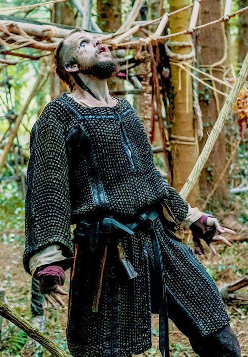 Viking costume - makeup and gloves
