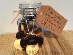 Voor kleine apekopjes :-) Leuk voor zowel juf als meester cadeau via www.BedankjesvanNu.nl