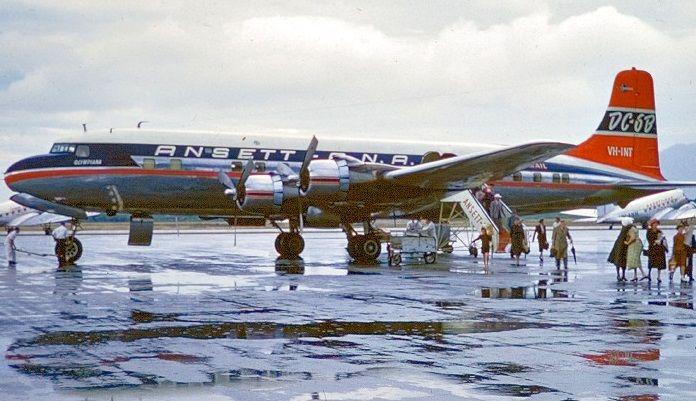 ANSETT Douglas DC - 6B (VH-INT)