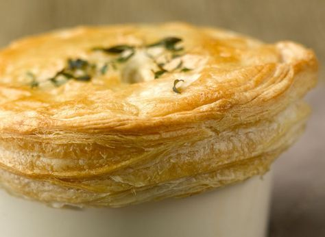 Find out how to make chicken in scrumpy cider pie with this easy recipe - made with Jus-Rol's all butter puff pastry and perfect for those autumn days.