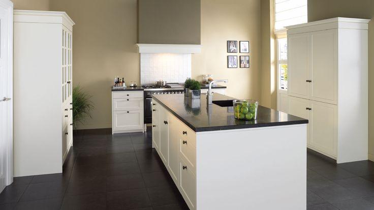25 beste idee n over muren van de keuken op pinterest grijze muren van de keuken en keuken - Werkblad voor witte keuken ...