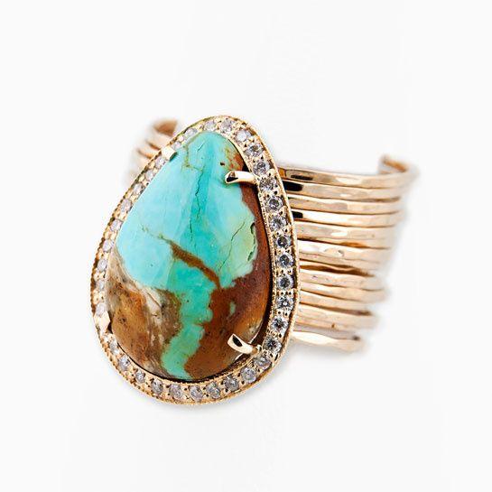 Rencontre avec la créatrice de bijoux Jacquie Aiche http://www.vogue.fr/joaillerie/portrait/diaporama/jacquie-aiche-bijoux-interview-turquoise-hod/10649/image/645803