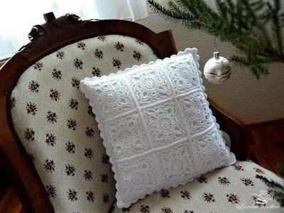 Relasé: Cuscino all'uncinetto per decorare la tua casa! - schema e spiegazioni