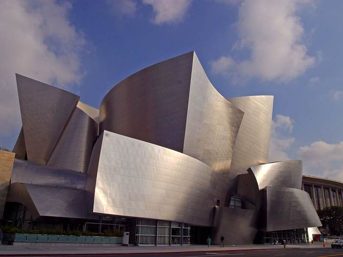 Фрэнк Гери (Frank Gehry): Walt Disney Concert Hall, Los Angeles, California, USA, 2003