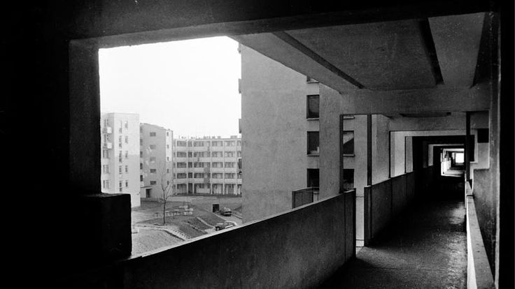 Przyczółek Grochowski Housing Estate, Warsaw, photo Oskar Hansen Archive, courtesy of Igor Hansen, MASP in Warsaw, Find out more: Process and Art. Oskar Hansen and His Concept of Variable Architecture http://contemporarylynx.co.uk/archives/5977