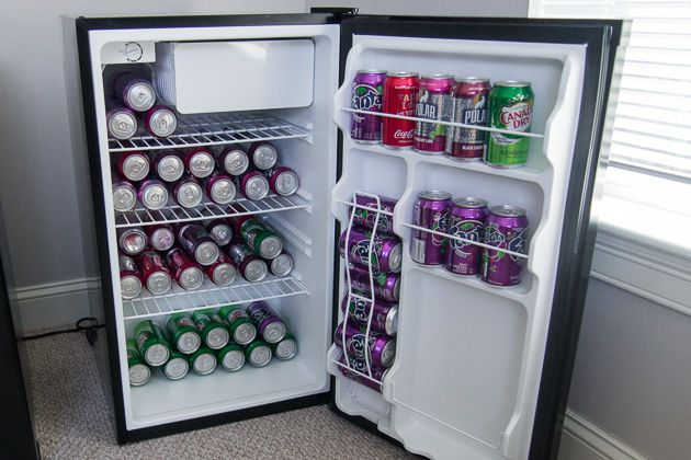 We spent 20 hours researching the most popular mini fridges, and we tested five of them by stuffing them with dozens of soda cans, measuring temperatures, and chilling drinks, lettuce, and frozen m…