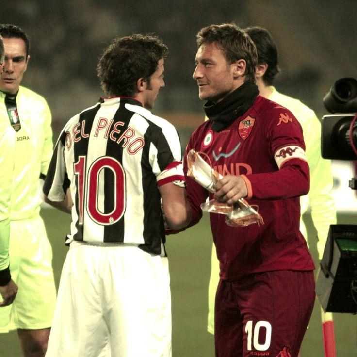 Dall'Australia a Roma, attraverso twitter Alessandro del Piero ha festeggiato Francesco Totti. alessandro-del-piero-e-francesco-totti-tuttacronaca-auguri-capitano