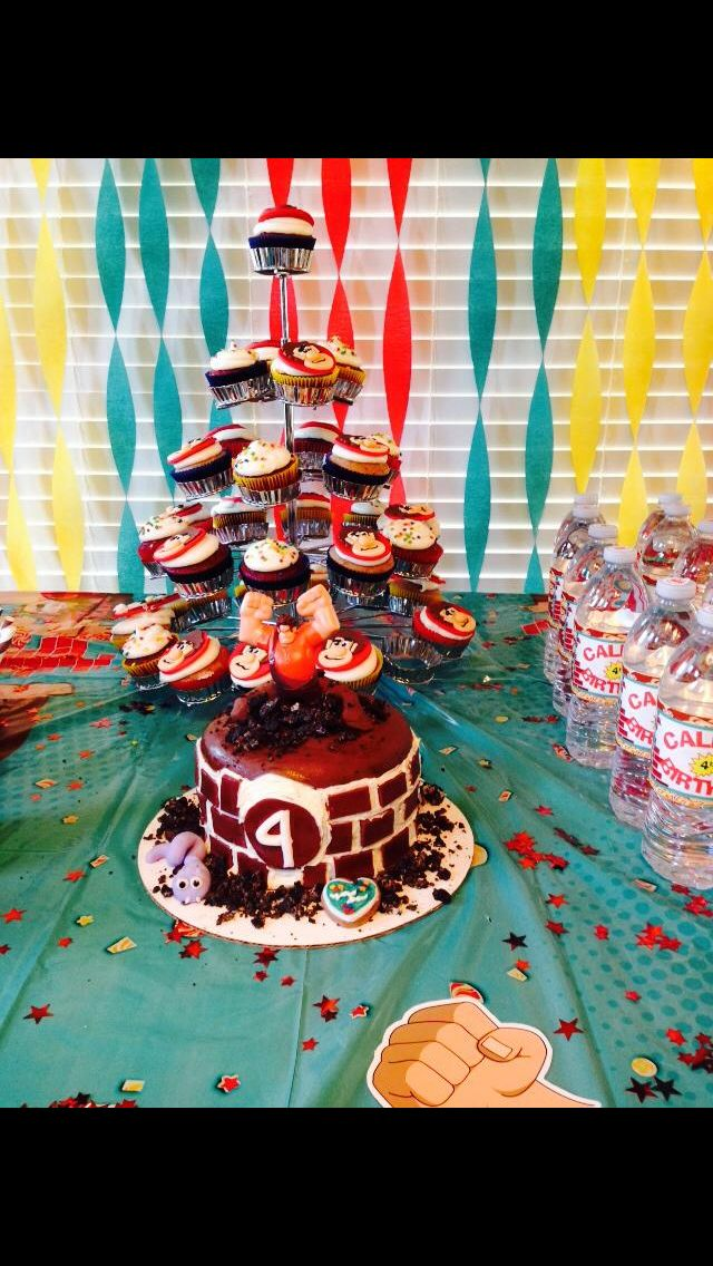 38 best Wreck it ralph party images on Pinterest ...