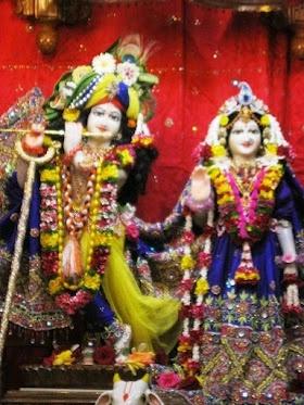 Today's Darshan (22nd Aug, 2012) Sri Sri Radha Kunjabihai @ISKCONPune