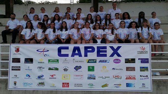 La Ciudad Deportiva de Cáceres y en la Pista Municipal d'Atletisme de les Basses d'Alpicat, de Lleida los cuadrangulares de primera división masculina y femenina en los que estaban encuadrado los equipos masculino y femenino del Capex.