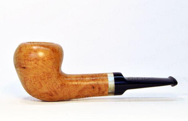 Light briar pipe