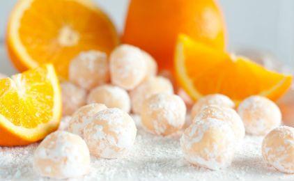 Τρουφάκια πορτοκάλι με αμύγδαλο