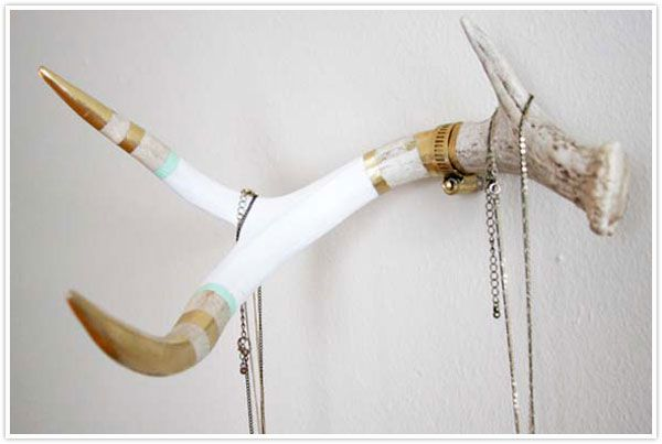 with my country roots and affinity for modern design, i am so completely IN LOVE with this: shed antler hanger hook diy coat rack paint gold