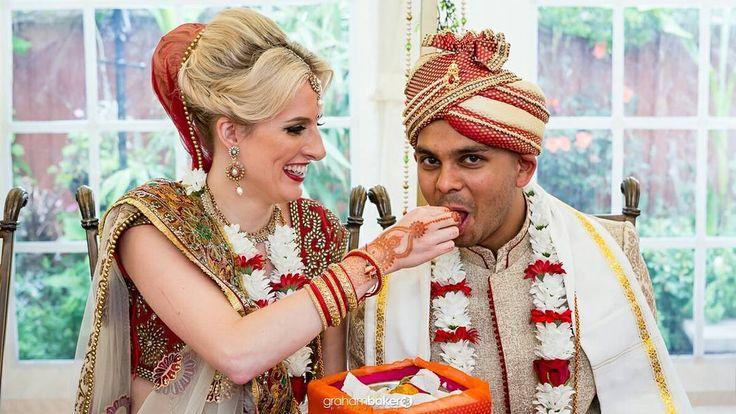 Hindu Wedding Ceremony  #kentweddingphotographer #londonweddingphotographer #findaweddingphotographer #findyourweddingphotographer #hinduweddings #dartfordwedding #londonphotographer #kentphotographer #grahambakerphotography