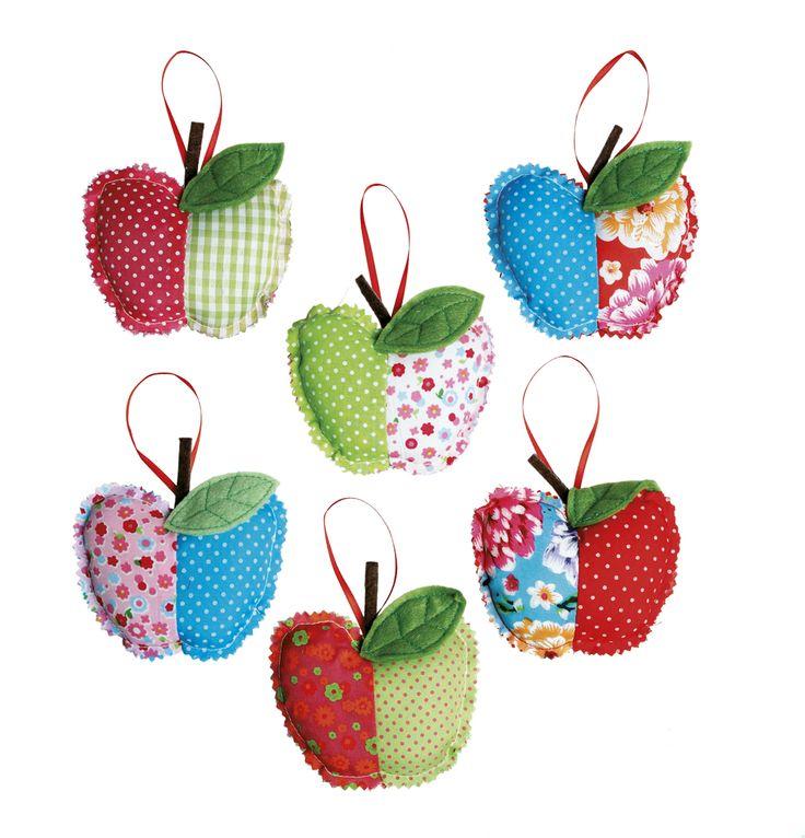 Apple ornaments - super cute adult favors