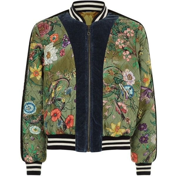 Gucci Snake Print Bomber Jacket (10.920 BRL) ❤ liked on Polyvore featuring men's fashion, men's clothing, men's outerwear, men's jackets, jackets, mens military style jacket, mens sport jackets, mens military jacket, gucci mens jacket and mens velvet bomber jacket