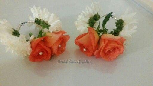 Fresh flower bangles by bridal flower jewellery www.bridalflowerjewellery.weebly.com