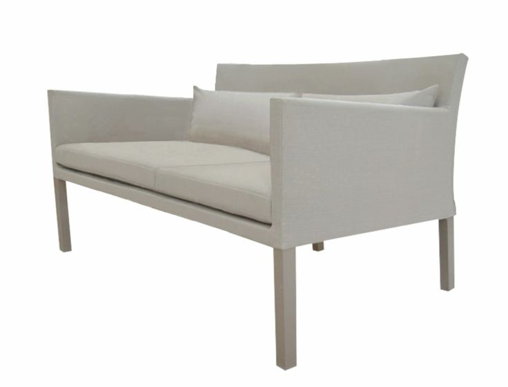 Culorile calde și stilul modern definesc cel mai bine colecția Lisbon. Structura elementelor de mobilier este realizată din aluminium, nu cedează ușor la intemperii și rugină. Canapeaua este tapițată cu plasă sintetică cu protecție UV și rezistentă împotriva mucegaiului și a petelor, iar pernele sunt îmbrăcate cu textilină fiind confortabile și rezistente. Topul mesei este realizat din sticlă securizată de 8 mm.