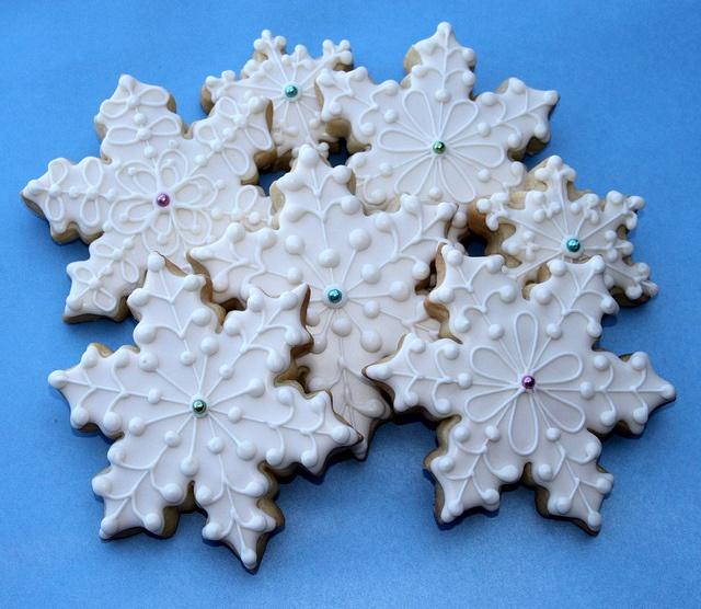 Elegant SnowflakesXmas Cookies, Cookies Royal, Winter Cookies, Christmas Cookies, Cookies Decor, Snowflakes Cookies, Cookies Xmas, Cookies Christmas, Christmas Snowflakes