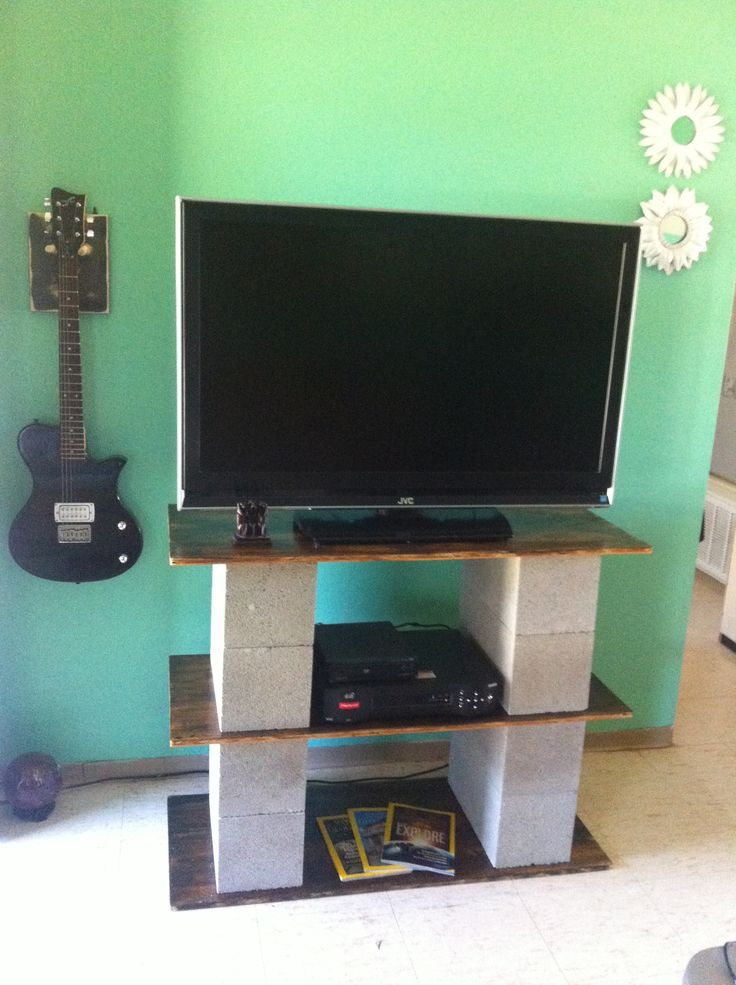 DIY tv stand with cinder blocks