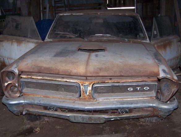 barn find muscle car pic | Gallery Muscle Car Barn… Muscle Car Barn…