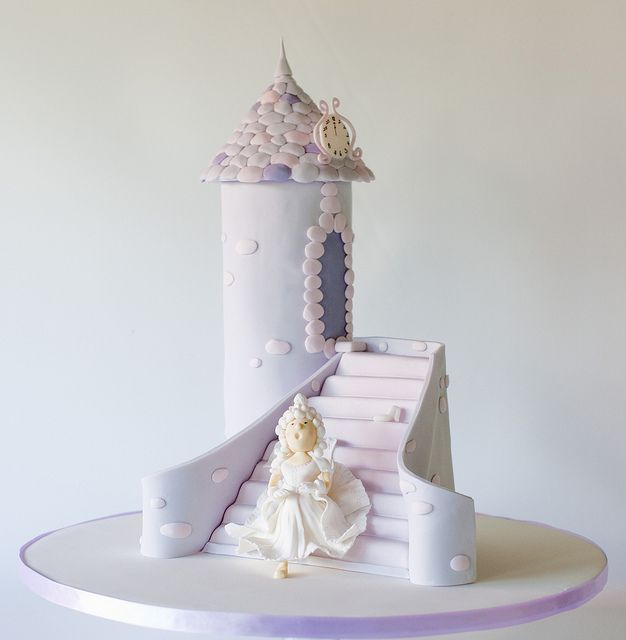 Cinderella by Sweet Tiers, via Flickr
