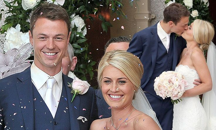 Man (and woman) United! Footballer Jonny Evans weds MUTV presenter Helen McConnell back home in Northern Ireland