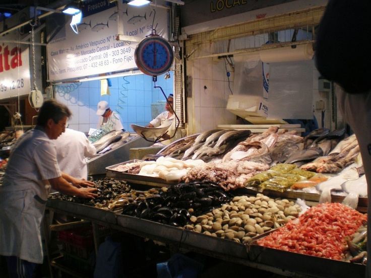 Mercado central, sale sea food in Chile | Arts & Culture ...