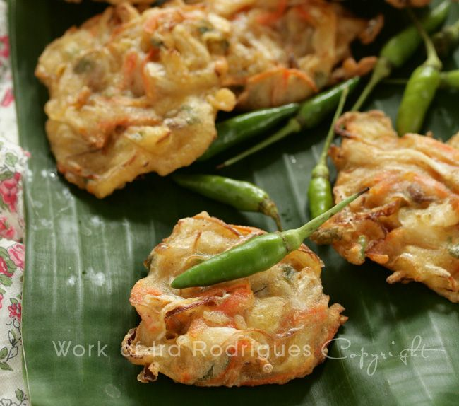 Vegetable Fritter / Indonesian favourite deep fried snack