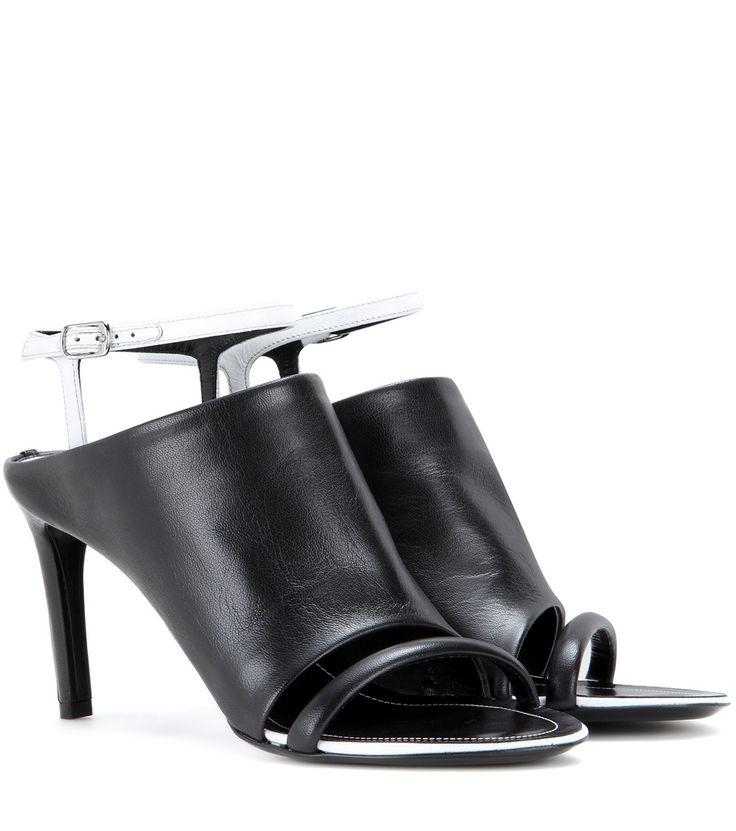 Schwarz-weiße Ledersandalen By Balenciaga