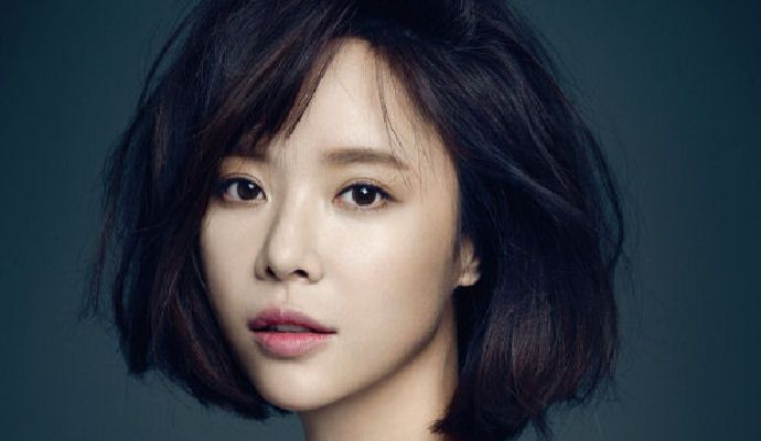 Hwang Jung Eum revealed to be getting married this February - http://www.kpopmusic.com/artists/hwang-jung-eum-revealed-to-be-getting-married-this-february.html