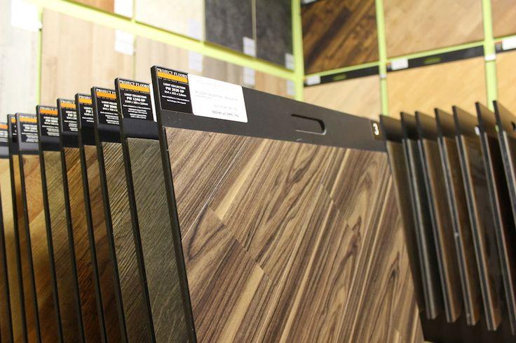 PROJECT FLOOR VE VZORKOVNĚ ! Kolekce LIGHT je určena jak pro vysoce zatížené bytové prostory, tak i pro lehce zatěžované komerční prostory. V této kolekci naleznete jak podlahy realisticky napodobující dřevo, tak i podlahy imitující dlažbu. https://podlahove-studio.com/145-light-collection