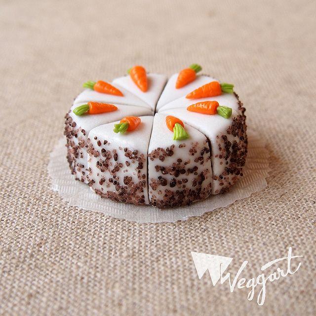 :: Crafty :: Clay :: Bakery - Miniature Carrot Cake