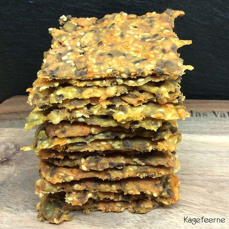 Disse glutenfri majs knækbrød, er virkelig lækre. De egner sig både til morgenmad, mellemmåltids snack og som en slags Tortilia chips.