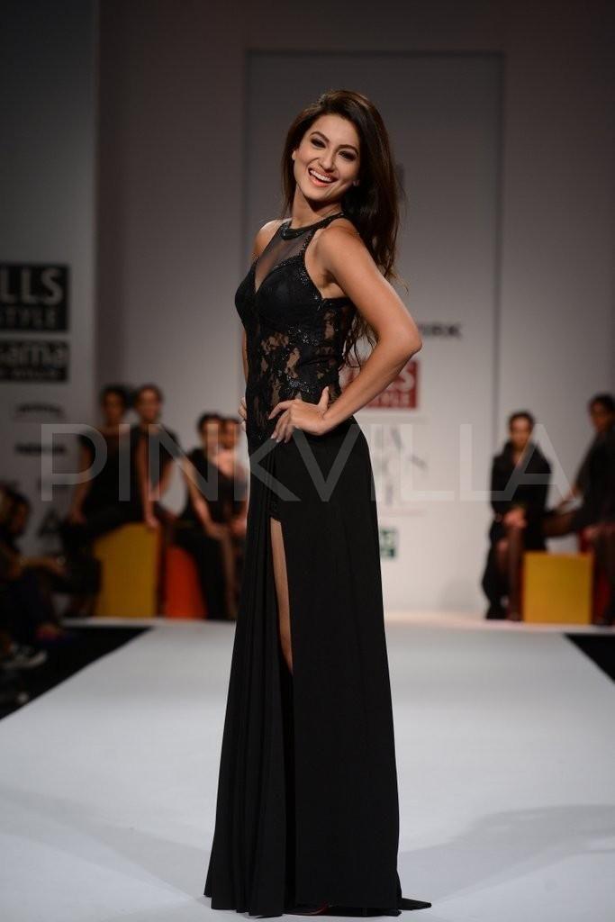 Gauhar Khan walks for Mandira Wirk at Wills Lifestyle Fashion Week | PINKVILLA