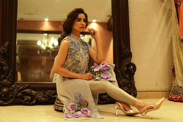 Latest Girl dress collection By Tabassum Mughal (3)
