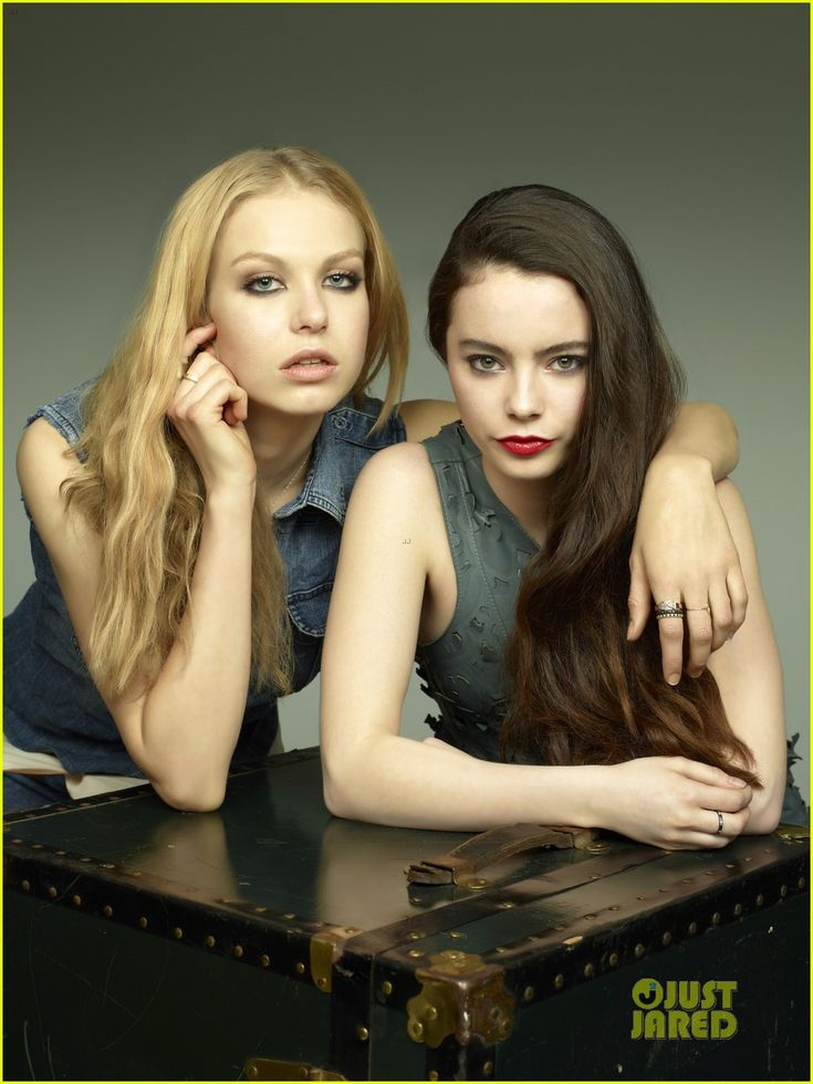 Lovely ladies of Hemlock Grove -  Not bad actresses considering this horrific genre. http://stores.ebay.com/jsamericana