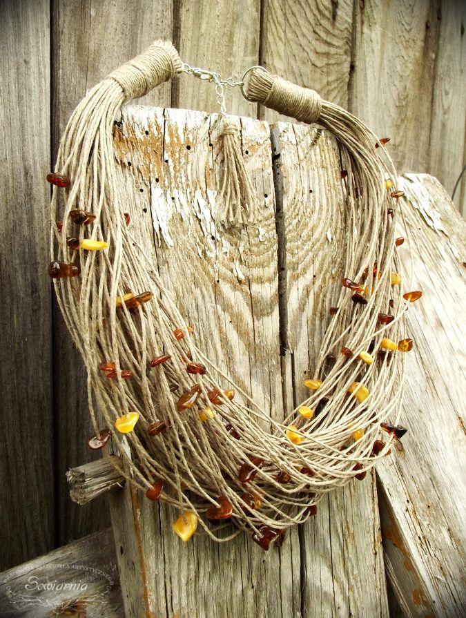 Linen necklace with amber pieces / Lniany naszyjnik z bursztynami