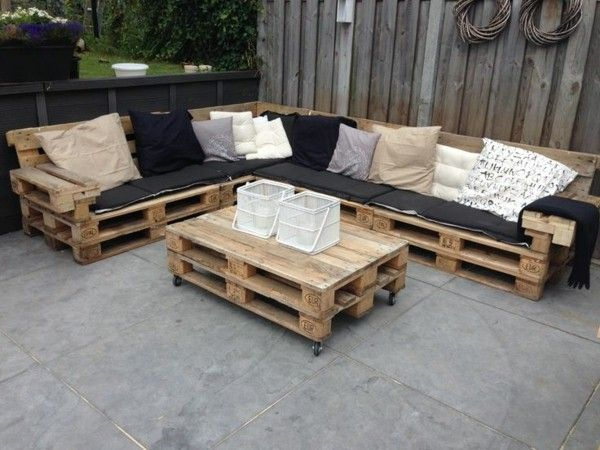Garden furniture pallets outdoor furniture set diy    1decor - lounge set design garten diy