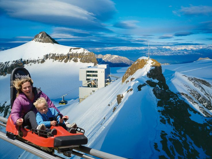 #Glacier3000 offers a wondrous holiday in #Switzerland for adrenaline junkies as well as any traveller with an adventurous streak and a passion for outdoor sports. http://www.hitours.in/switzerland/